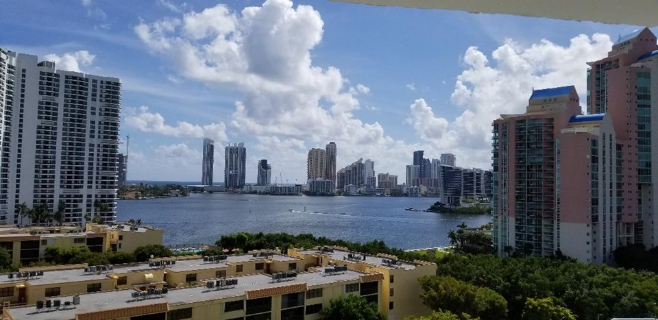 South Florida  Ft. Lauderdale, Miami and Palm Beach Real Estate property listing